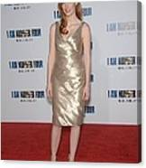 Jessica Chastain At Arrivals For I Am Canvas Print