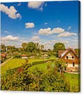 Landliches Dorf  Canvas Print