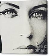Laroe Eyes 90 Canvas Print