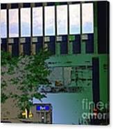 L'echelle Humaine Canvas Print