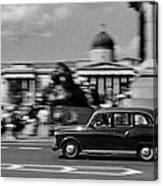 London Cab In Trafalgar Square Canvas Print