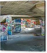 London Skatepark 2 Canvas Print