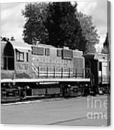 Napa Valley Railroad Wine Train Locomotive In Napa California Wine Country . Black And White . 7d899 Canvas Print