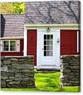 New England Farmhouse Canvas Print