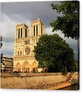 Notre Dame De Paris 2 Canvas Print
