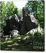 Oe Rocks Canvas Print