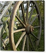 Old Wooden Cartwheel - Nostalgia Canvas Print