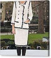 Penelope Cruz Wearing A Chanel Suit Canvas Print