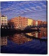 River Liffey And Halfpenny, Bridge Canvas Print