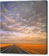 Road Into Sunset Canvas Print