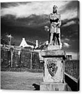 robert the bruce statue at stirling castle Scotland UK Canvas Print