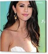 Selena Gomez At Arrivals For 2011 Teen Canvas Print