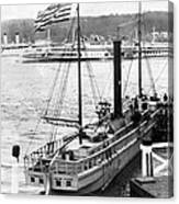 Steamer In The Hudson River - New York - 1909 Canvas Print