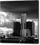 Stormy Detroit Gm Building - Black And White Canvas Print