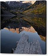 Sunrise At The Maroon Bells Reflected Canvas Print
