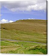 The Ascent Of Mam Tor Canvas Print