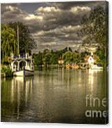 The River Thames At Streatley Canvas Print