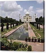 The Taj Mahal In Agra, India Canvas Print