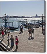 Tourists In Venice Canvas Print