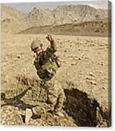 U.s. Air Force Soldier Throws A Frag Canvas Print