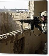 U.s. Army Soldier Searching Canvas Print