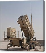 U.s. Army Soldiers Power-up A Mim-104 Canvas Print
