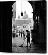 Venice Morning Sweeper Canvas Print