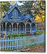 Victorian Home Marthas Vineyard Canvas Print