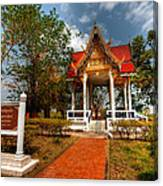 Wat Kham Chanot Canvas Print