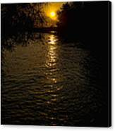 Water-sunset Canvas Print