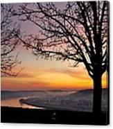 Winter Sunrise In Eden Park Canvas Print