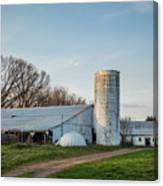 Abandoned Countryside Farm In The Afternoon Canvas Print