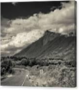 Bnw Volcan De Fuego - Sacatepequez Canvas Print