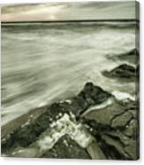 Dreamy Waves Canvas Print