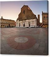 Piazza Maggiore And San Petronio Basilica In The Morning, Bologna, Emilia-romanga, Italy Canvas Print