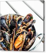 Stewed Fresh Mussels In Spicy Garlic Wine Seafood Sauce Canvas Print