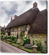 Thatched Cottages Of Hampshire 20 Canvas Print