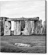 The Slaughter Stone In Front Of View Of Circle Of Sarsen Stones With Lintel Stones Stonehenge Wiltsh Canvas Print