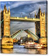 Tower Bridge And The Dixie Queen Canvas Print