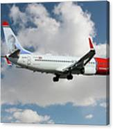 Norwegian Boeing 737-8jp Canvas Print