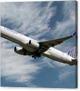 United Airlines Boeing 757-224 Canvas Print