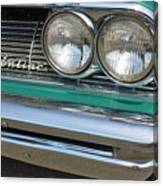 1961 Pontiac Catalina Grille With Headlights And Logo Canvas Print