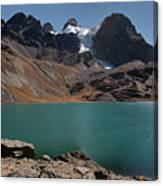 Laguna Chiar Khota In Condoriri Mountains Canvas Print