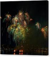 4th Of July Fireworks From The Barge Portland Oregon Canvas Print