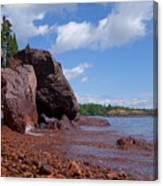 A Superior Red Rock Beach Canvas Print
