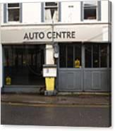 Auto Centre Canvas Print