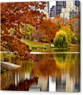 Autumn Colors In Central Park New York City Canvas Print