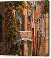 autunno a Venezia Canvas Print
