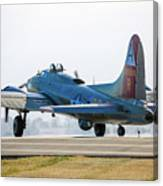 B17 Flying Fortress Cleared For Takeoff At Livermore Canvas Print