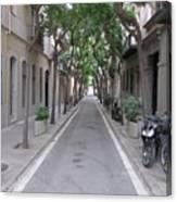 Barcelona Barrio Canvas Print